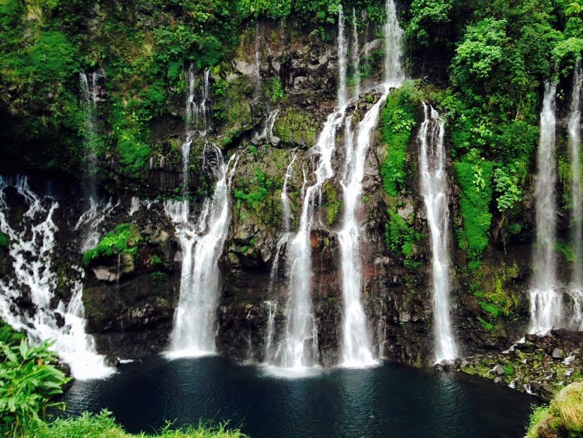 Les cascades et les bassins de la r union carte de la for Fond d ecran gratuit 974
