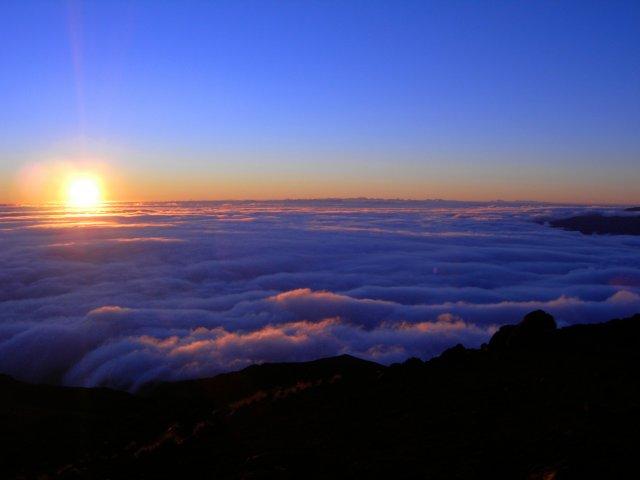 Lever et coucher du soleil la r union carte de la r union - Meteo lever et coucher du soleil ...